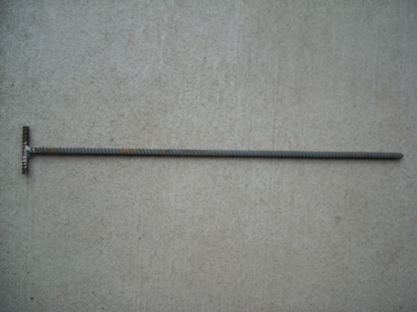 3/8 inch x 24 inch T Bar Rebar Trap Stakes